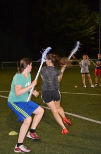 Damenlacrosse Dodging